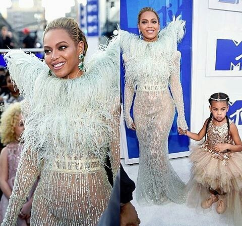 BEYONCE AND BLUE IVY-1