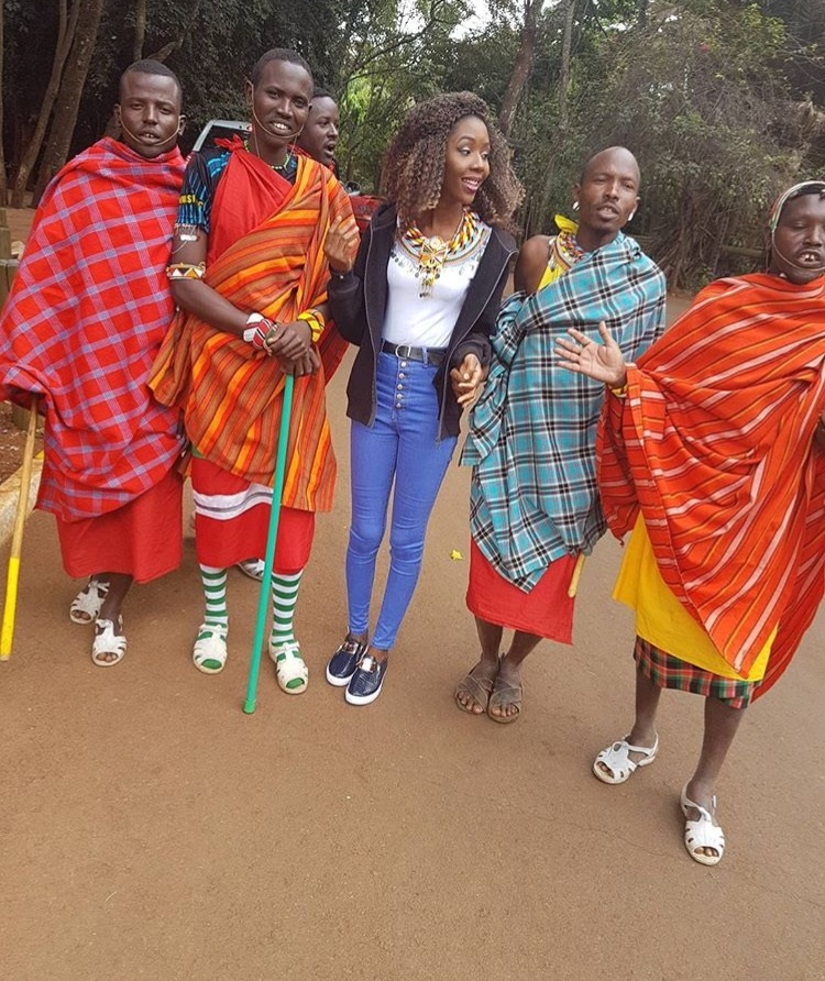 ''Had so much fun with the Kenyan Natives. Definitely need to visit Kenya again'' - Anna