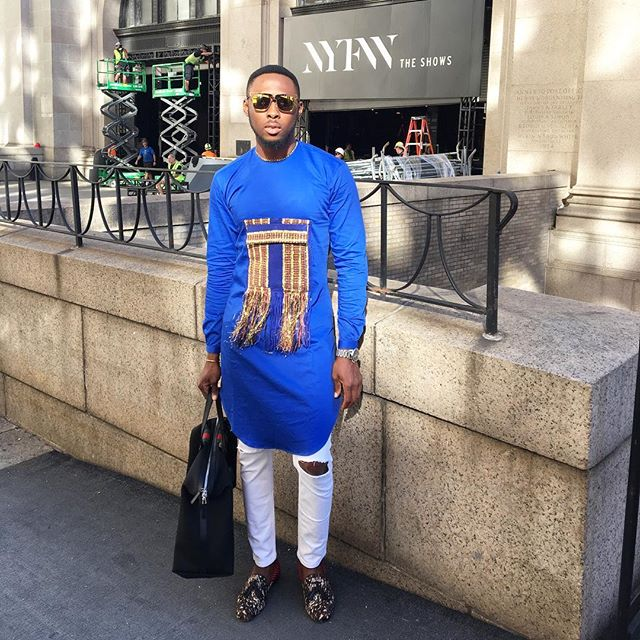 efe-tommy-in-blue-tunic