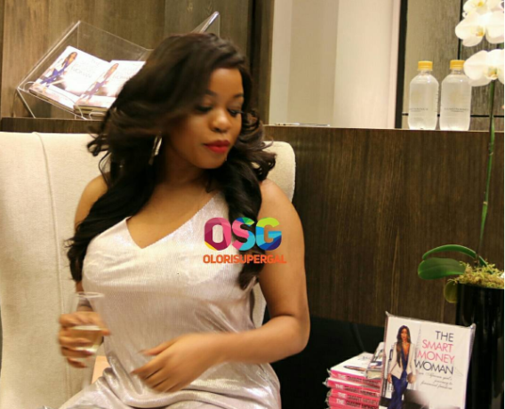 Arese Ugwu's book tour is gripping South Africa
