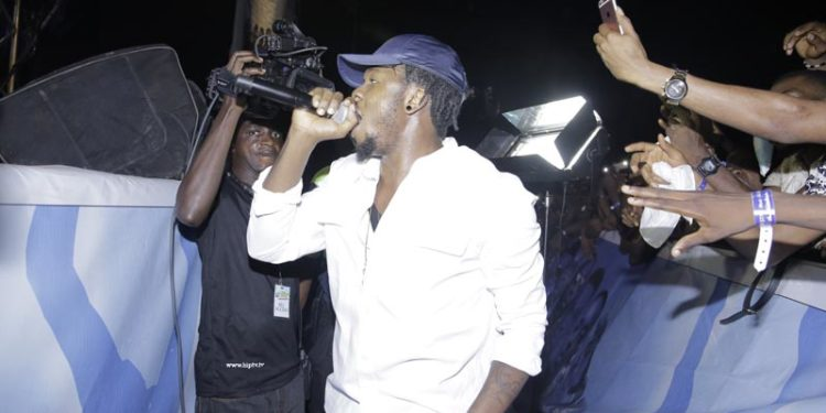 RUNTOWN PERFORMING AT THE STAR MUSIC THE TREK OWERRI
