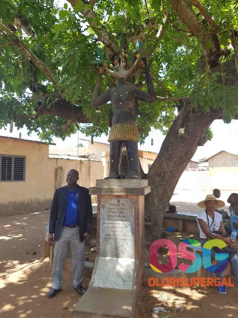 visit to the slave monument