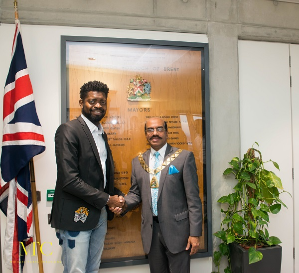 Basketmouth meets Mayor of London