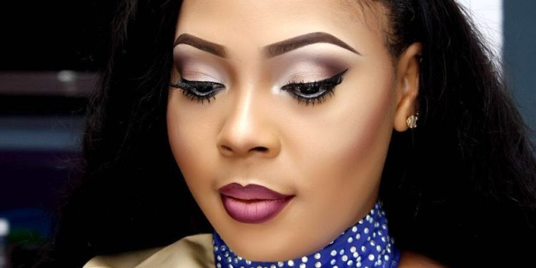 Four times Face Of Candycity Nigeria 2016 Nneke Somto Rocks Ombre Lips (4)