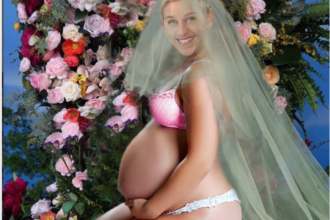 Beyoncé's Pregnancy Announcement