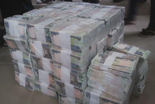 N49 Million Cash Intercepted By EFCC At Kaduna Airport