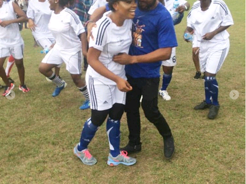 Man Proposes To Girlfriend Tega On The Pitch During A Football Match