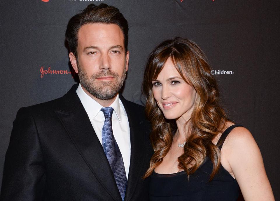 Earnings Disclaimer >> Celebrity Couple Jennifer Garner And Ben Affleck ...