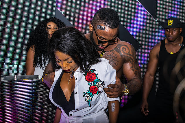 37 Wedding Hairstyles For Black Women To Drool Over 2017: Iyanya Gets Kenya Girls Drooling At Pool Side Party