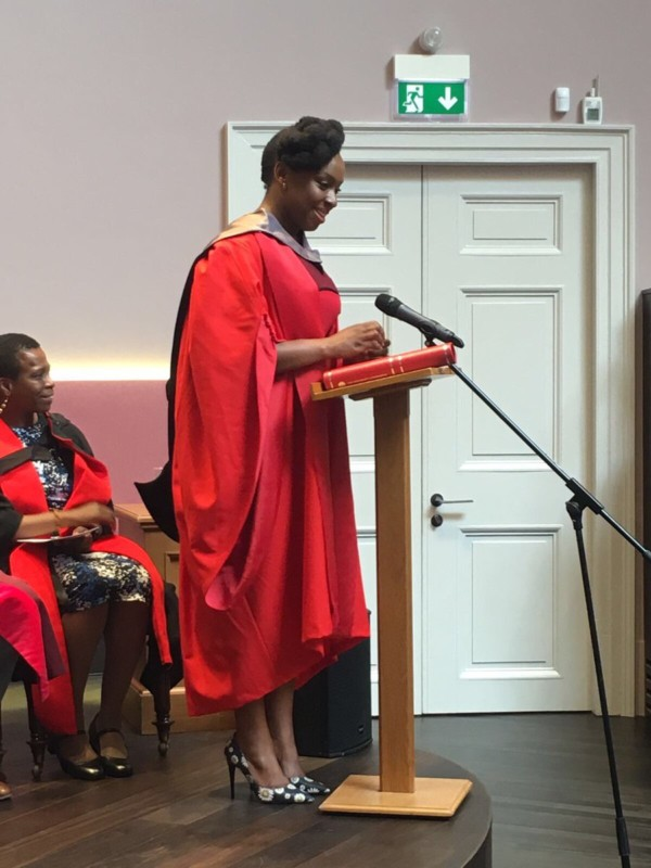 Chimamanda Ngozi Adichie honorary award at Edinburgh University - olorisupergal