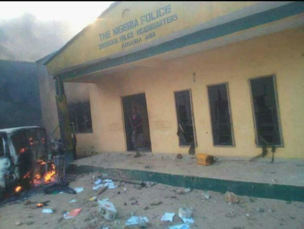 Ariaria Police Station burnt down - olorisupergal
