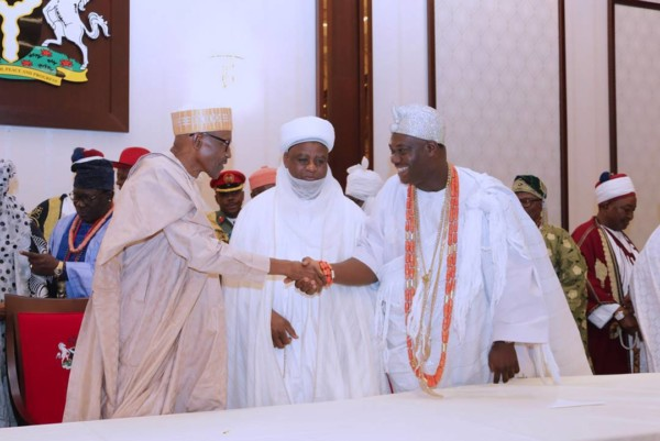 Buhari meeting with Traditional Rulers - OLORISUPERGAL
