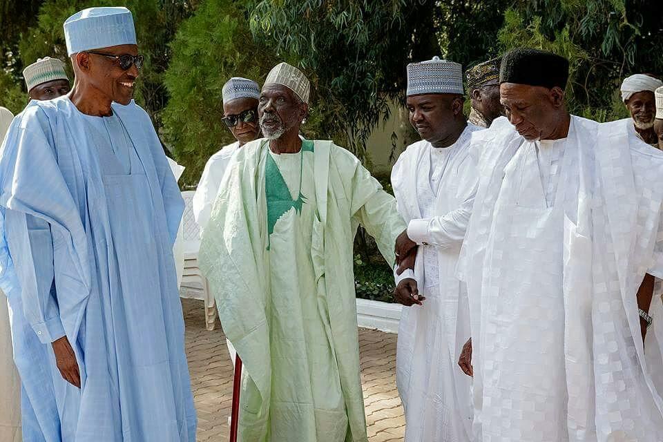 President Buhari with schoolmates - OLORISUPERGAL