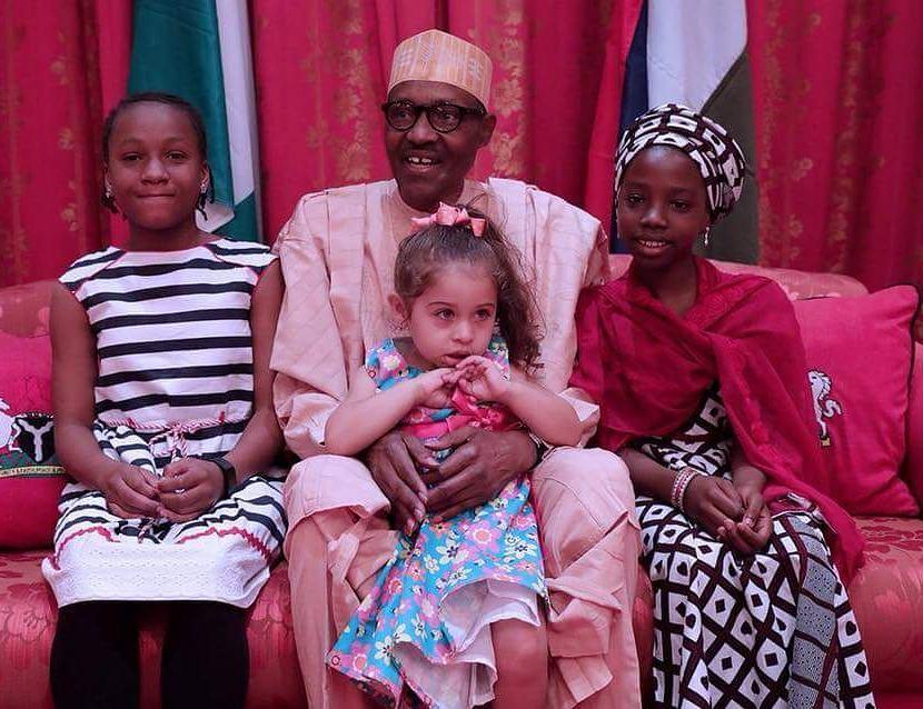 President Buahri meet Maya, Aysha & Nicole - OLORISUPERGAL
