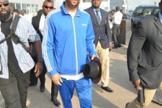 Jidenna arrives Nigeria - OLORISUPERGAL