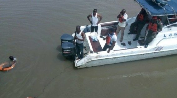 Man jumps from Lekki-Ikoyi Bridge - OLORISUPERGAL