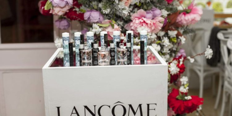 LANCOME DECLARES HAPPINESS BY HOSTING PARTNERS & INFLUENCERS TO OPULENT LA VIE EST BELLE GARDEN PARTY.