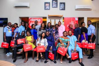 Closeup sponsors 10 couples to an all-expense paid dinner date in celebration of its#GiveLoveAChance campaign