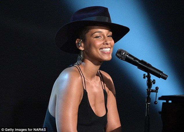 Alicia Keys Will Perform At The UEFA Champions League Final