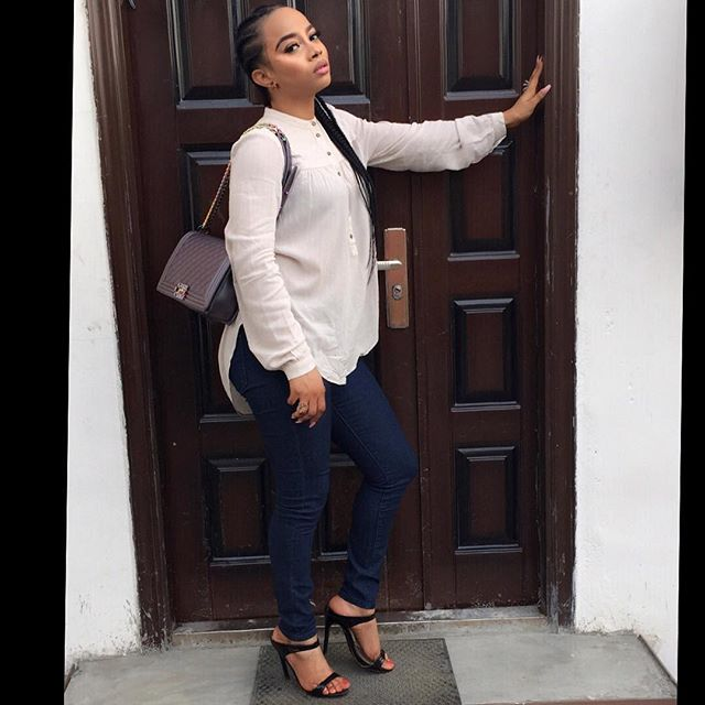 Toke Makinwa rocks her cornrows!